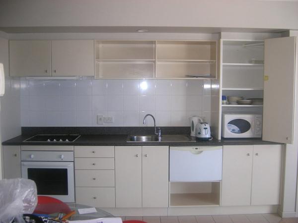 廚房一面牆.jpg