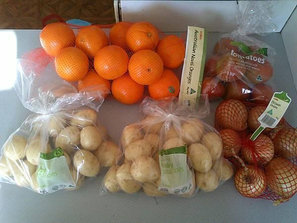馬鈴薯 番茄 洋蔥 共12.48澳幣
