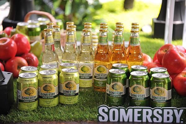 圖片五:夏日蜜蘋果酒、夏日蜜梨子酒-330ml瓶裝罐裝系列產品