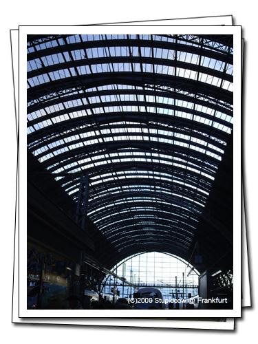 0910-frankfurt07-s.jpg