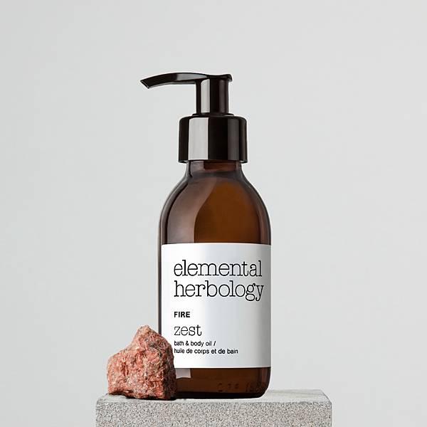 Elemental Herbology 火-提振沐浴%26;身體按摩油 145ml_NT$1,450(情境圖).jpg