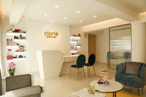Clart%5Ce Spa_1.jpg