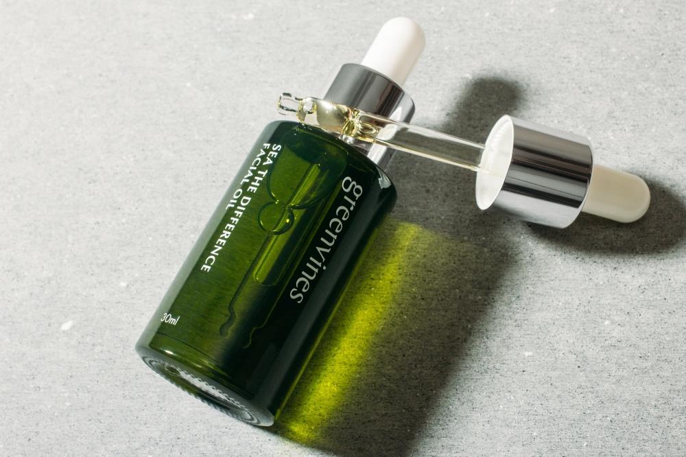 綠藤生機綠色海洋精華油 (1).jpg