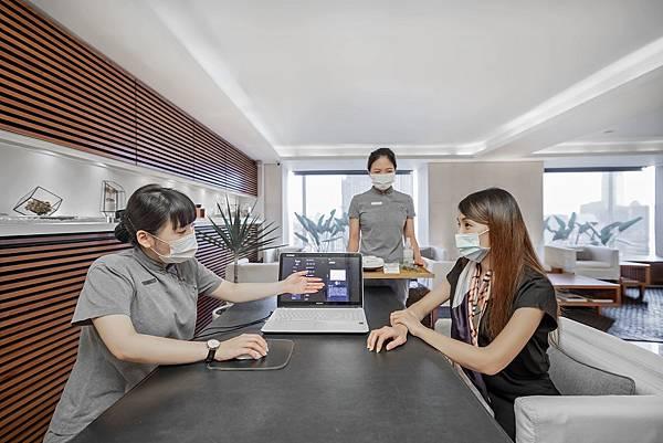 晶華圖四_位於晶華酒店20樓的沐蘭SPA率先結合科技與芳療,導入AI人工智慧漢方諮詢服務.jpg