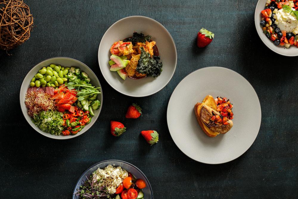 台北晶華_「Super Bowl草莓季」登場, 多款誘人菜餚、甜品與調飲,顛覆您對草莓的想像.jpg