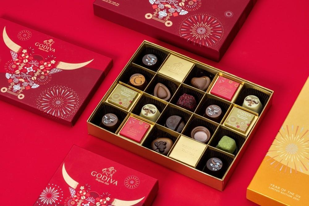 5. GODIVA新年限量禮盒設計帶有濃厚節慶象徵,是選購佳節禮品或返家伴手禮的首選.jpg
