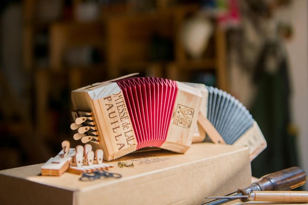認真做無聊事 酒箱手風琴 DIY材料包NT$ 1,605.jpg