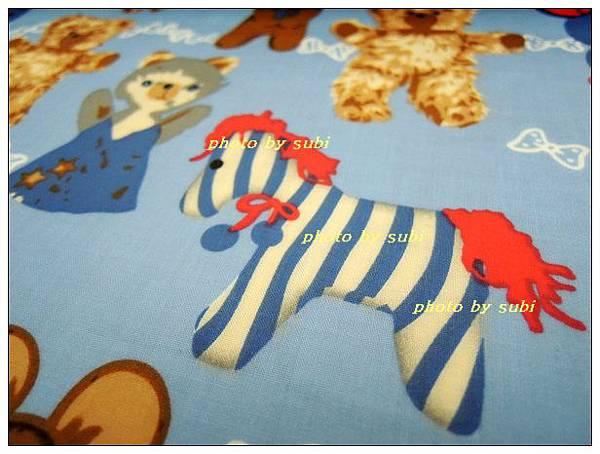 菇菇和熊.馬防水布 012