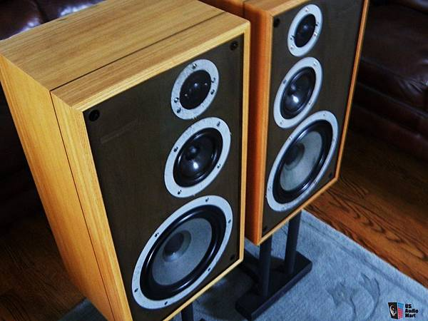 467842-celestion_ditton_332_monitor_speakers