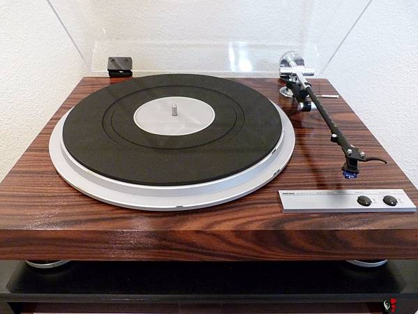 1281259-micro-seiki-dq3-turntable-in-rosewood.jpg