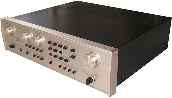 Accuphase-C-230-1.jpg
