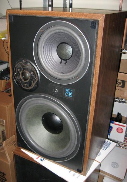 EV ELECTRO-VOICE.jpg