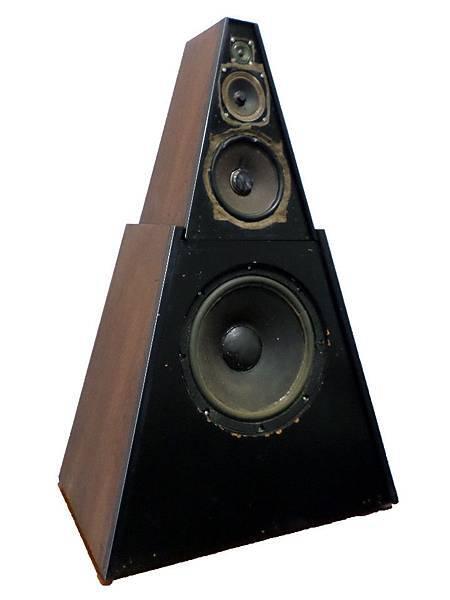 Pyramid (Metronome) 2+2W.jpeg