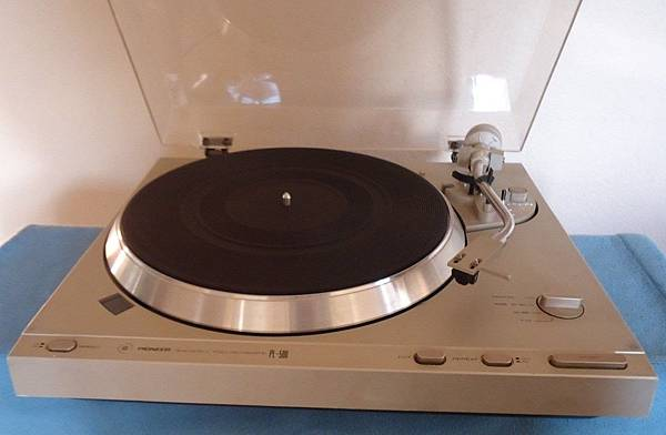 PIONEER PL-500.jpg