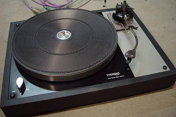 THORENS TD-160MK II BC.JPG