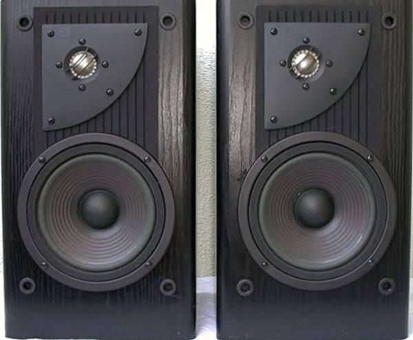 JBL LX300.jpg