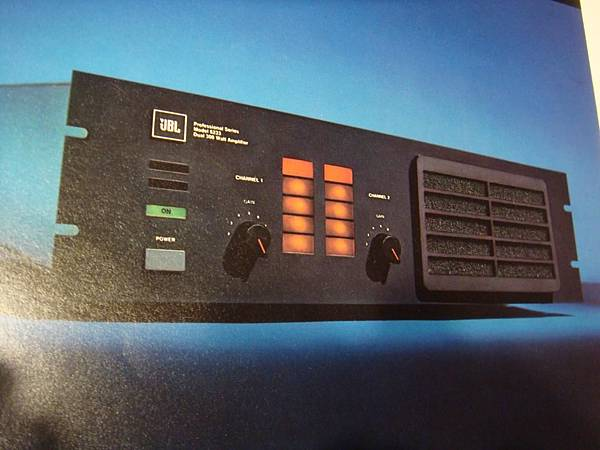 JBL MODEL 6233.jpg