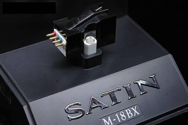 Satin M-18BX.jpg