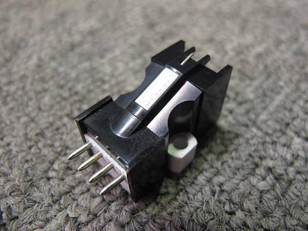 Satin M-18X.jpg