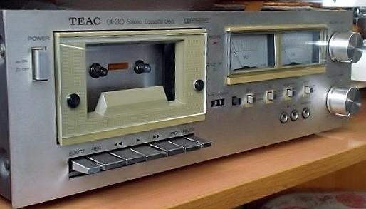 TEAC CX-210.jpg