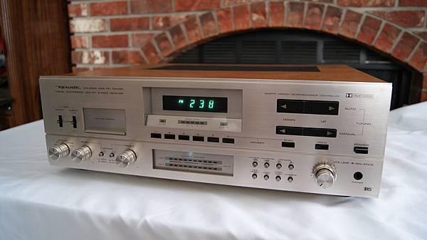 RADIO SHACK REALISTIC STA-2200.JPG