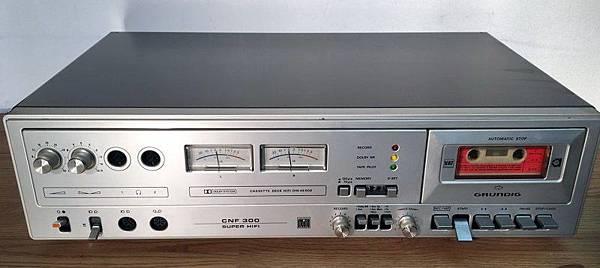 GRUNDIG CNF-300.jpg
