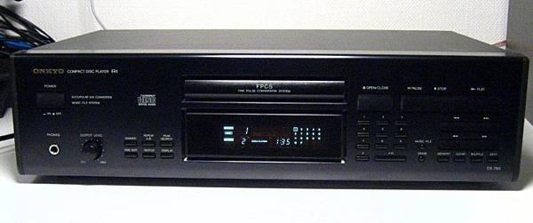 ONKYO DX-750.jpg