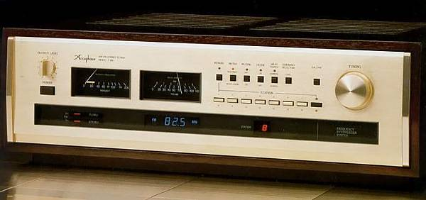 ACCUPHASE T-106.JPG