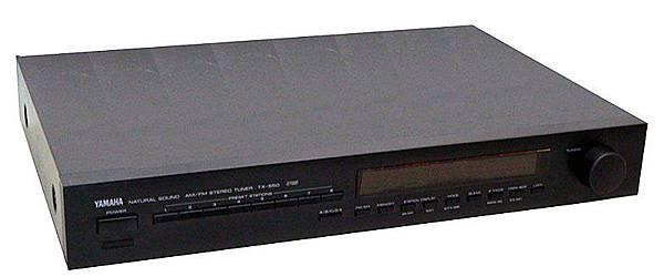 YAMAHA TX-550.jpg