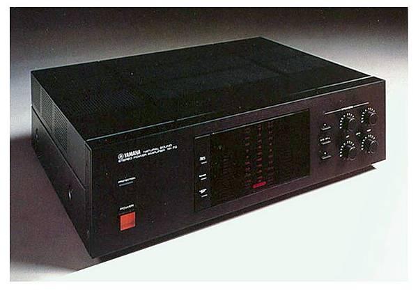 Yamaha M-70-01.jpg