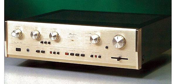 ACCUPHASE E-203.jpg
