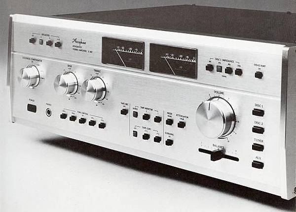 ACCUPHASE E-303.JPG