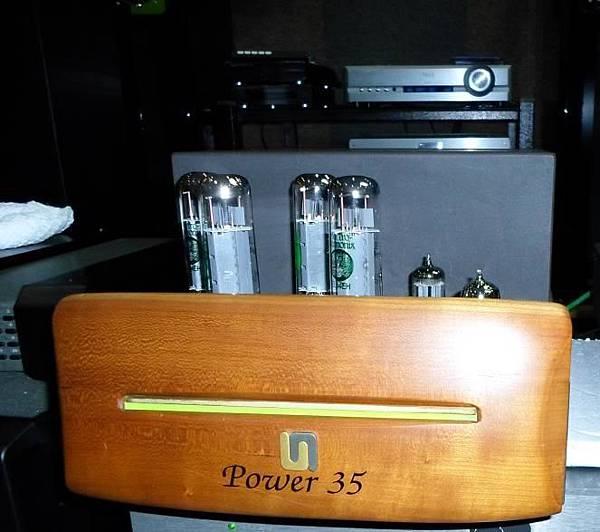 UNISON RESEARCH Power 35.jpg