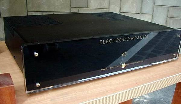 ELECTRO COMPAINET AW60.jpg