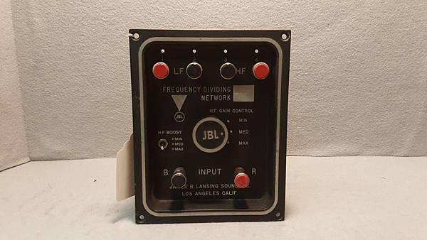 JBL 3120A.jpg