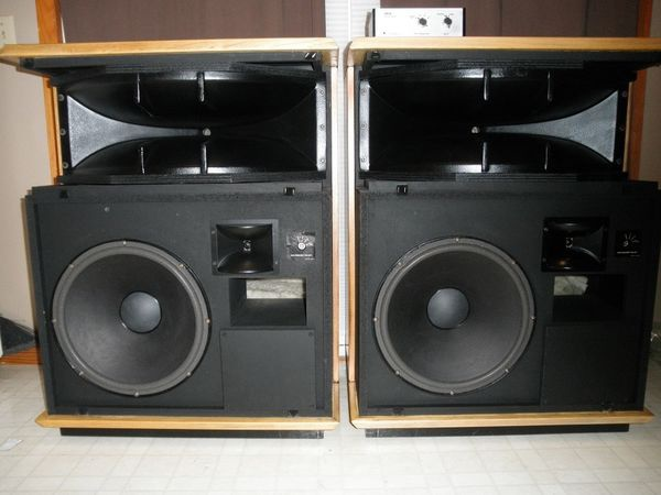 ELECTRO-VOICE SENTRY III MK II.jpg