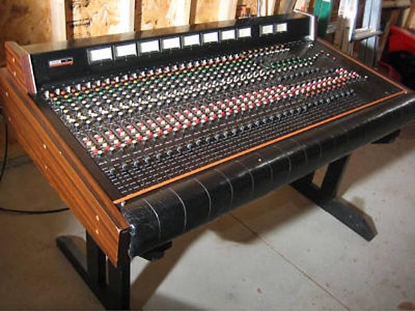 TEAC Model 15-02.jpg