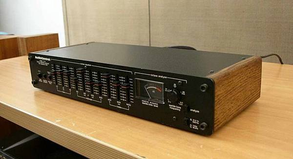 Audio Control D-11.jpg