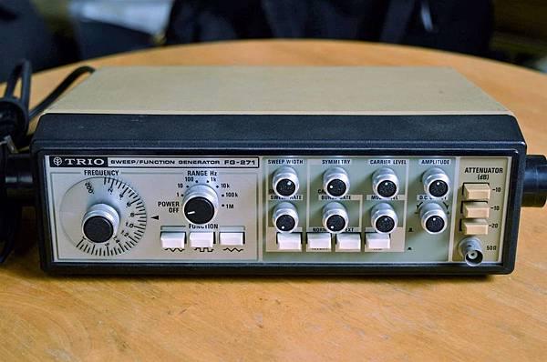 TRIO FG-271.jpg