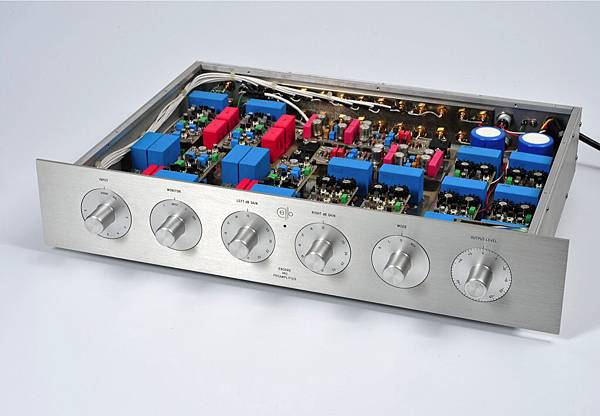 Cello 1MΩ Encore Preamplifier.jpg