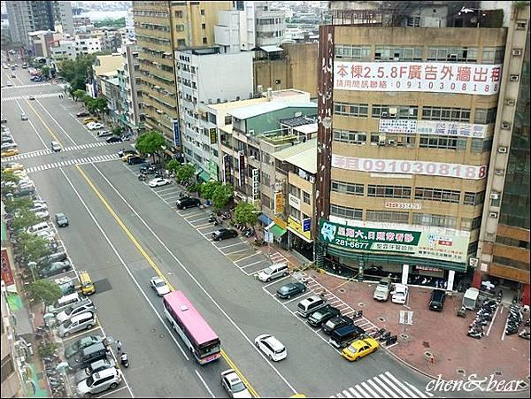 高雄漢王洲際飯店_白天.JPG