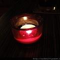 桌上的小蠟燭