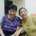 媽媽跟阿姨(媽你幹嘛要撐大眼睛XD)