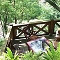 民宿外的休閒桌
