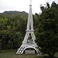 巴黎鐵塔(叫什麼?艾菲爾嗎?)