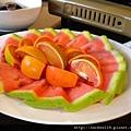 水果(還有一個蛤仔湯沒拍到)
