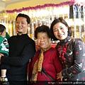 月姐和媽媽和弟弟