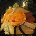 綜合生魚片蓋飯