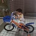 2009-08-08 小孩與腳踏車