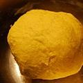 2011-10-22 墨西哥南瓜麵包-中種麵糰
